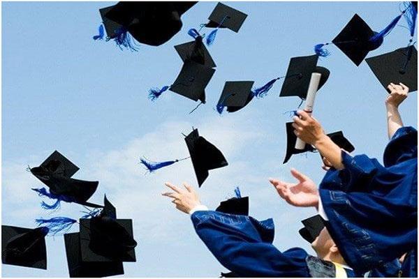 Tại sao nhiều người muốn làm bằng cao đẳng Đại Việt Sài Gòn 04